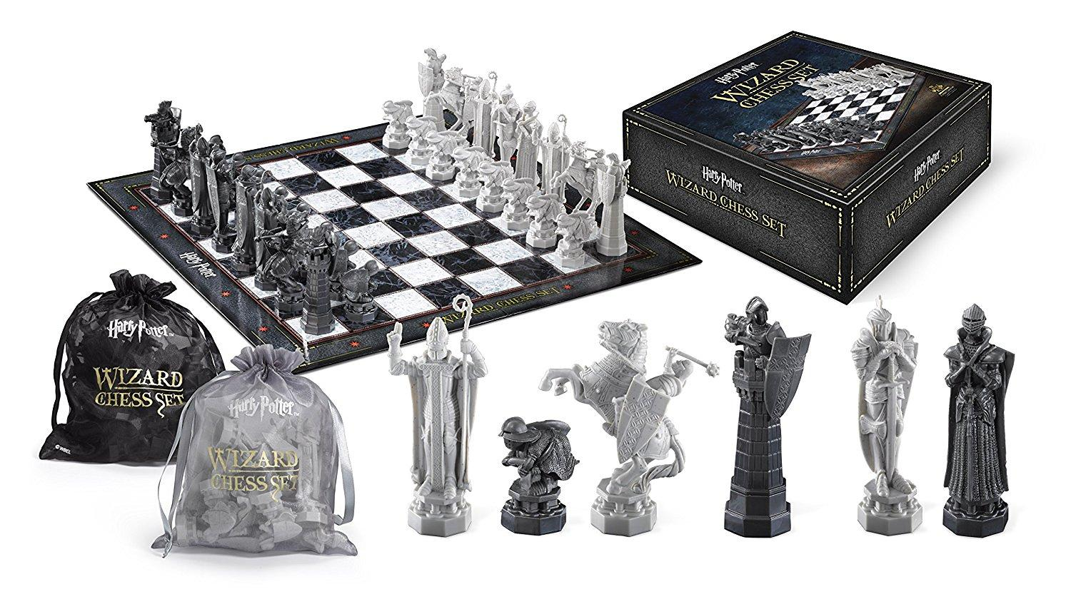 Harry Potter - Wizarding Chess Set