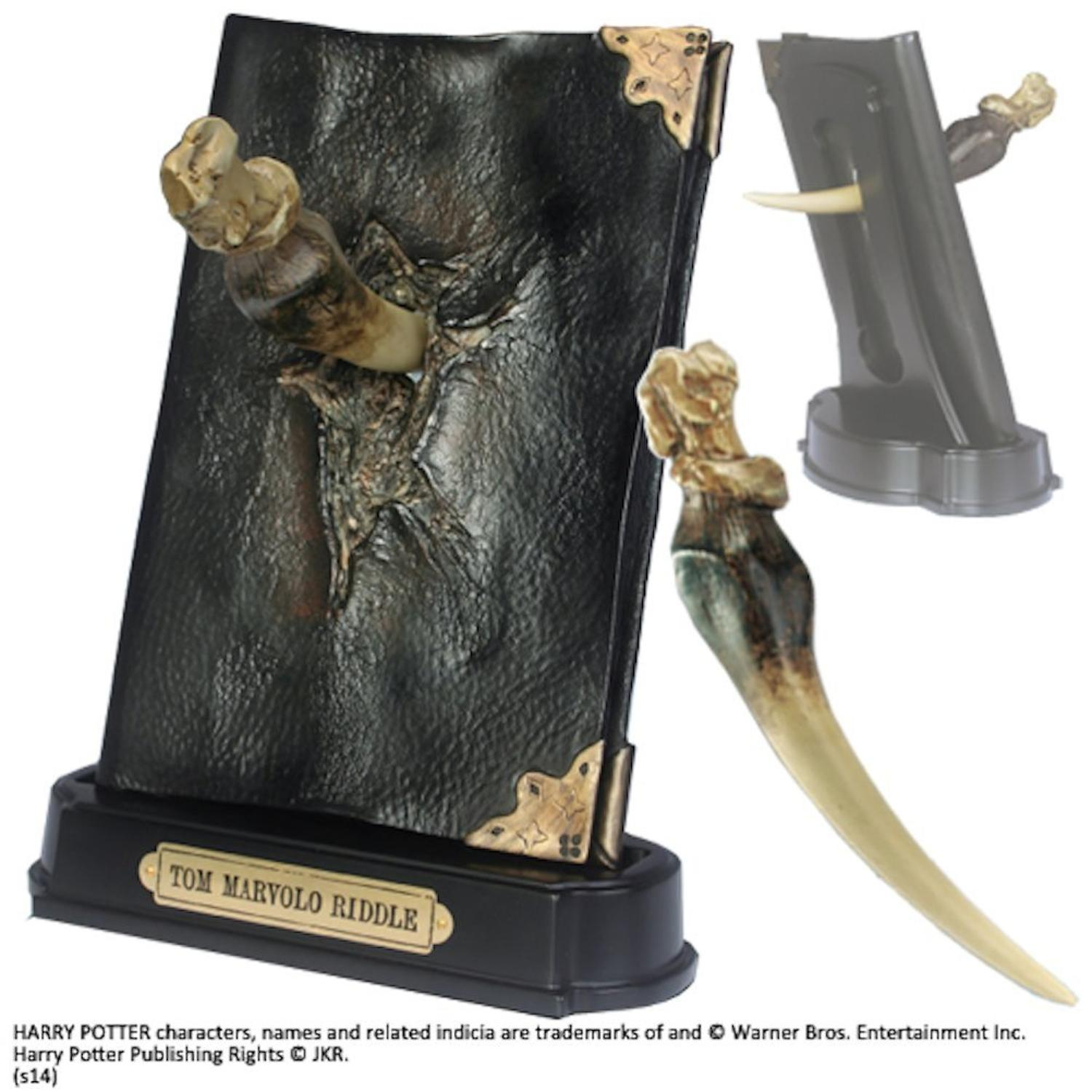 Harry Potter - Tom Riddle's Diary and Basilisk Fang