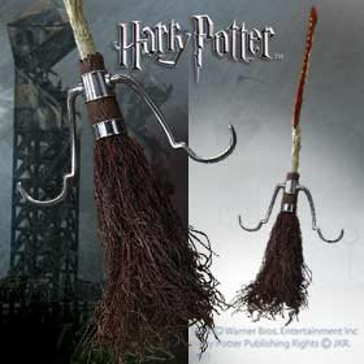 Harry Potter - Firebolt Broomstick Replica
