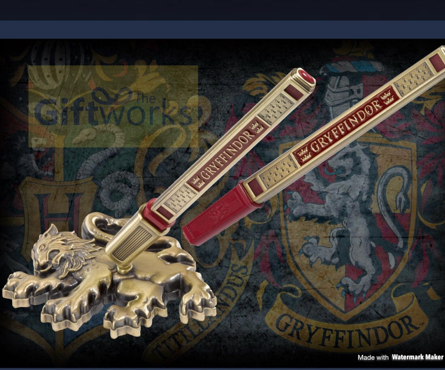 Harry Potter Gryffindor Pen and Display